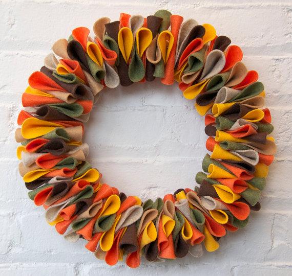 Best Fall Wreath Ideas - Felt