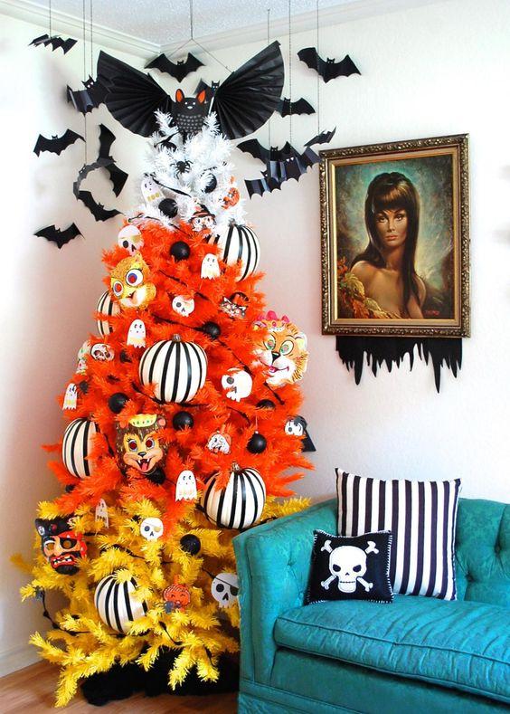 Best Halloween Christmas Tree Ideas 4