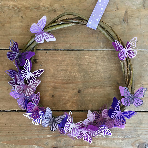 Best Summer Wreath Ideas - Butterflies
