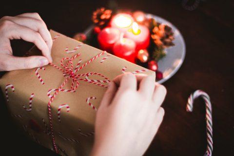 Christmas Gifting: The Economy of the Holiday Shopping Season