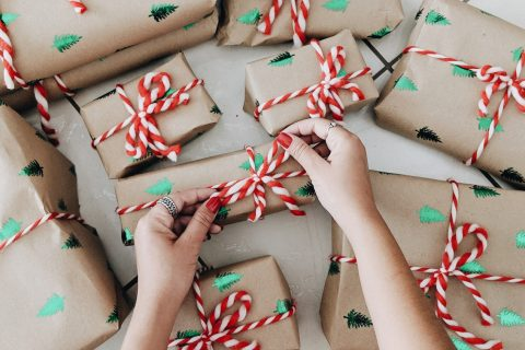 4 Types Of People That Are Impossible To Find Christmas Gifts For