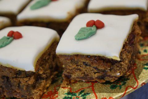 Mini Christmas Cake Bites Recipe