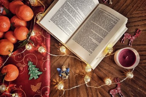 Commaful & All Things Christmas Short Stories Winners
