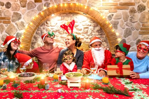3 Reasons Why You Should Get Professionally Taken Photos For Your Christmas Card